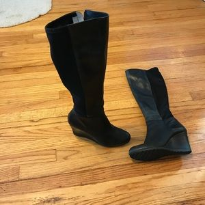 MK boots size 8,5